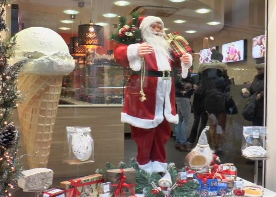 Английские ученые пояснили, как обосновать существование Санта-Клауса своим детям