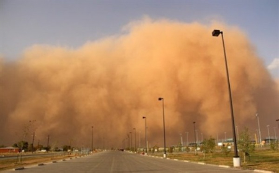 Сильнейшая песчаная буря вЕгипте: закрыты аэропорты, перекрыты дороги
