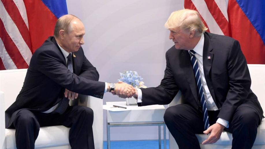 Путин: Трамп задал множество вопросов о«российском вмешательстве»
