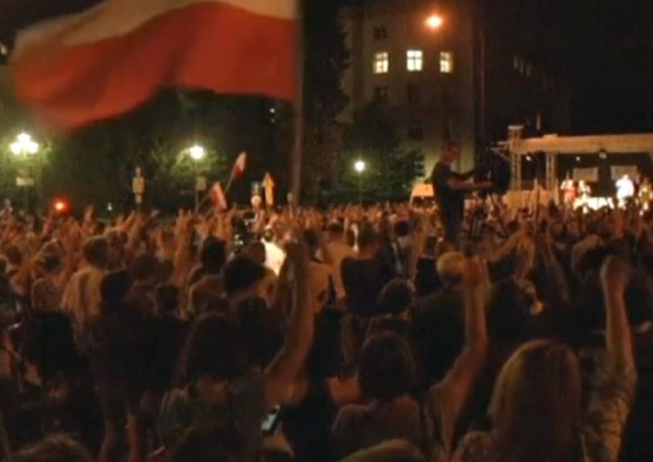 Не утихают протестыпротив судебной реформы в Польше