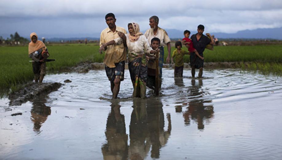 Рохинджа вМьянме объявили опрекращении огня намесяц
