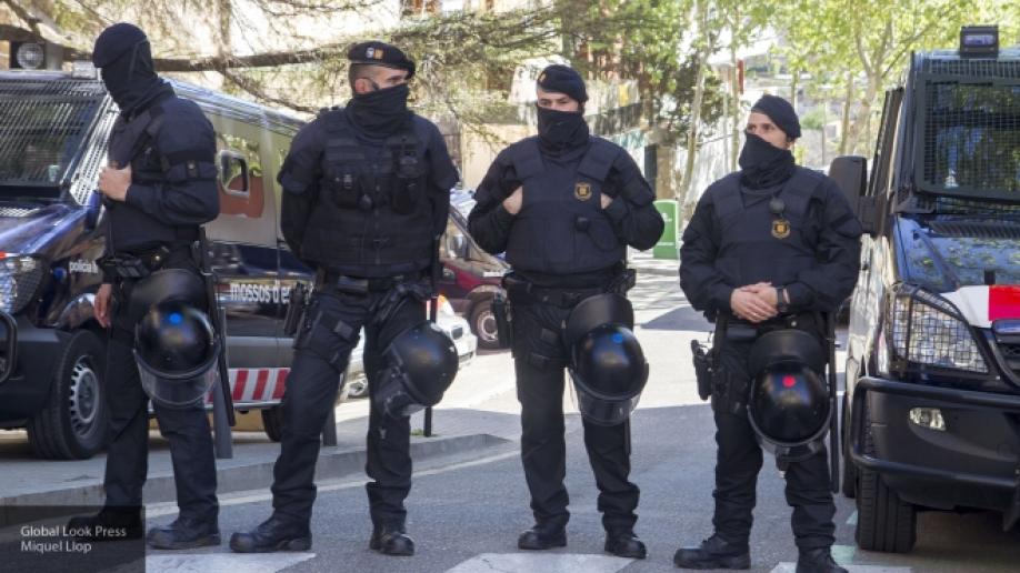 ВКамбрильсе террористы въехали нафургоне втолпу ибыли ликвидированы