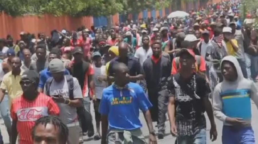 Руководство Гаити ушло вотставку нафоне протестов