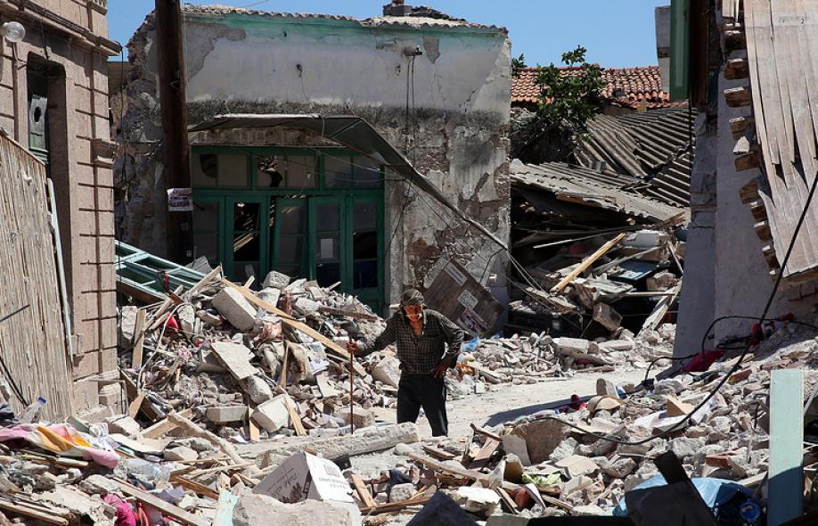Guardian ученые прогнозируют рост числа разрушительных землетрясений в 2018 году