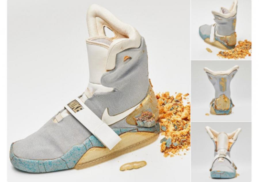 Продан левый кроссовок изфильма «Назад вбудущее»