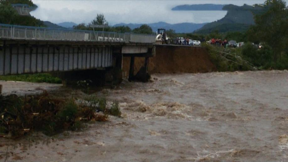 Пенсию пострадавшим оттайфуна вПриморье доставят авиацией МЧС