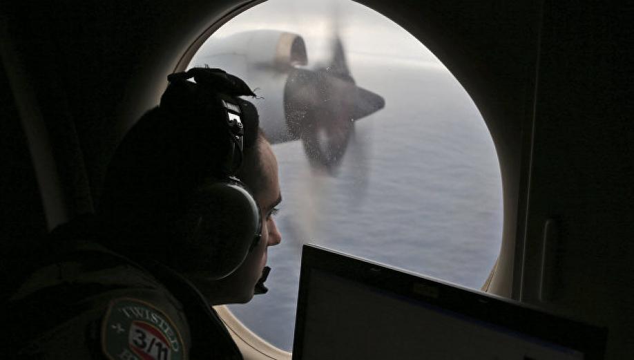 Близкие пассажиров пропавшего малайзийского Boeing настаивают на продолжении поисков