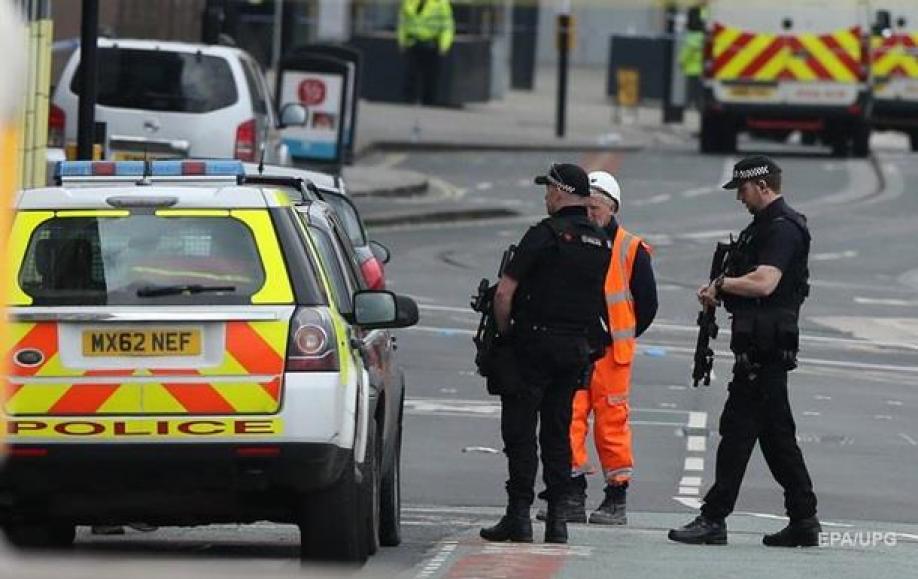 Английские  власти уточнили количество погибших вМанчестере