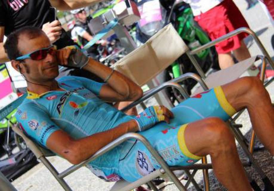 Итальянский велогонщик Скарпони умер в итоге ДТП