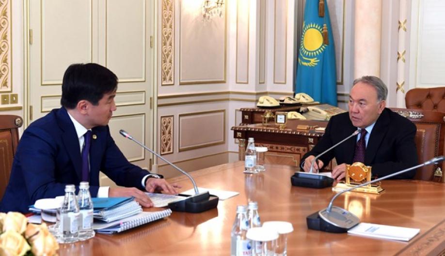 Назарбаев: вдальнейшем вАлма-Ате иАстане будут ездить только наэлектромобилях