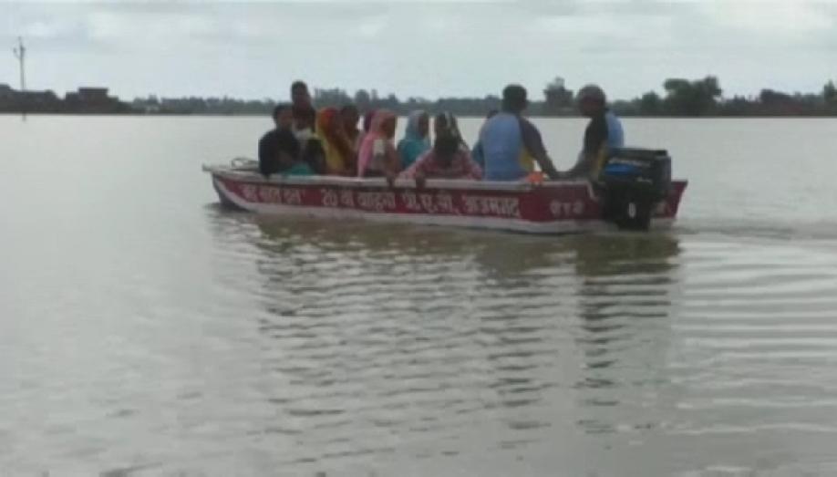 Наводнения вИндии: сотни погибших