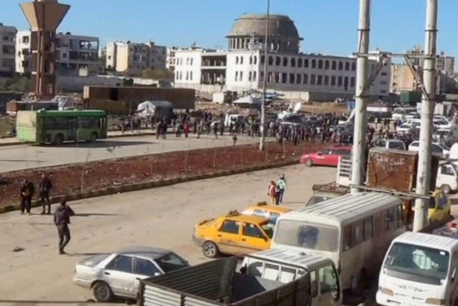 Продолжается вывод боевиков ичленов изсемей извосточных районов Алеппо