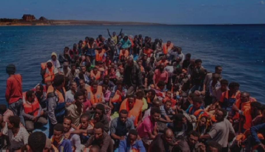 ВСредиземном море в2015г. утонули неменее 3700 мигрантов ибеженцев