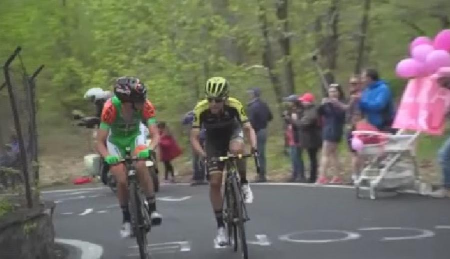 Эквадорец Карапас победил навосьмом этапе веломногодневки «Джиро д'Италия»
