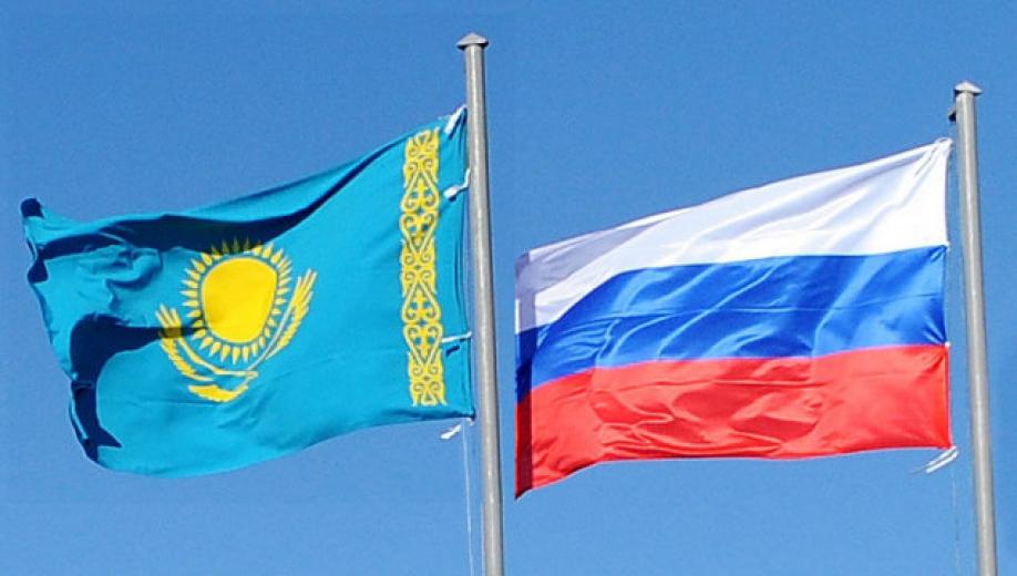 Путин поздравил президента Казахстана сДнем независимости