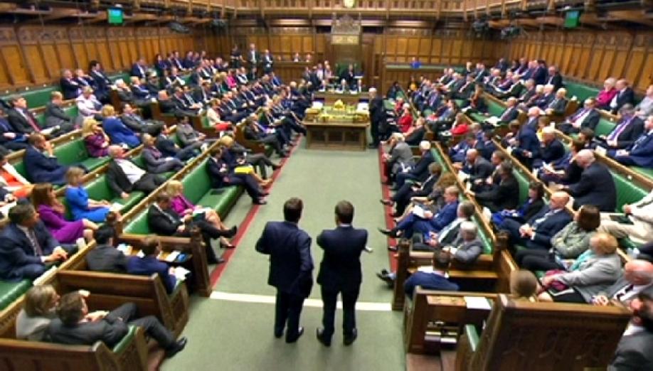 Накануне досрочных выборов в Англии распустили парламент