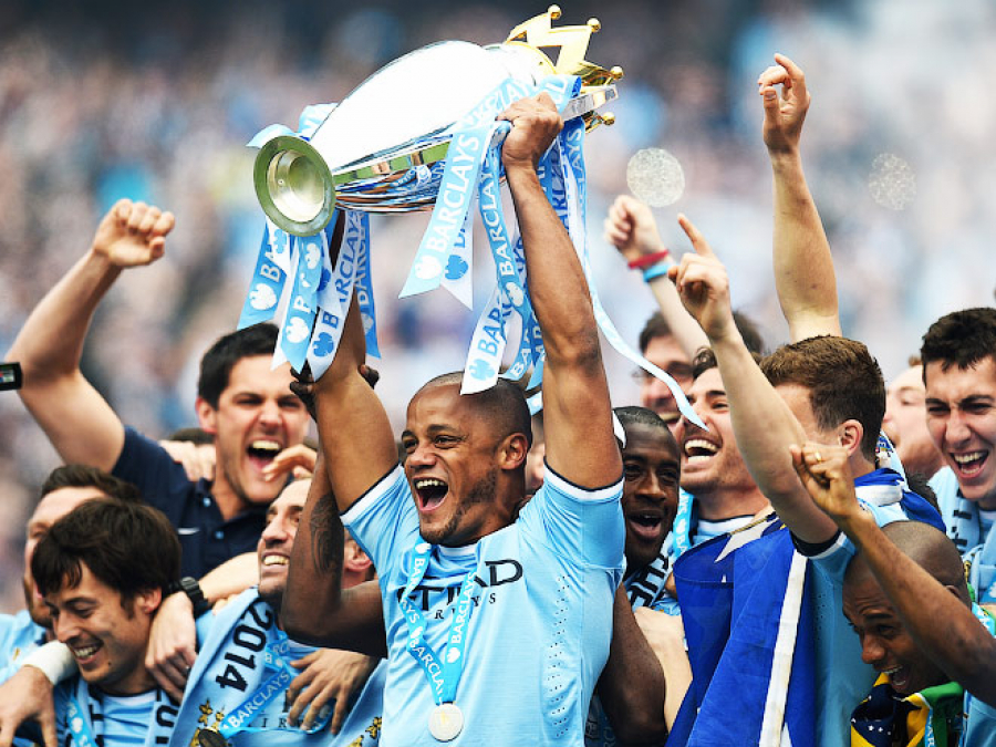 Манчестер Сити стал чемпионом Англии по футболу