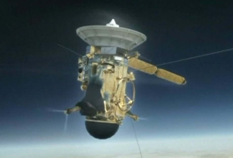 NASA сожжет зонд Cassini ватмосфере Сатурна